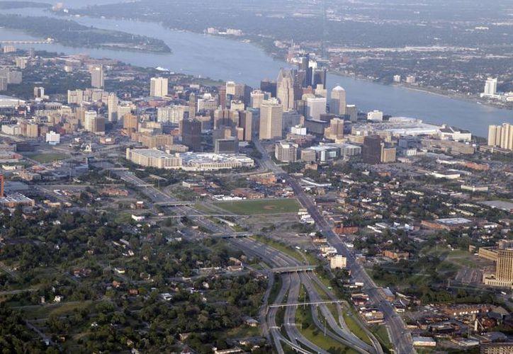 Detroit, la cuna de la industria automotriz de EU, que llegó a tener una población de más de 1.8 millones de habitantes. (EFE)