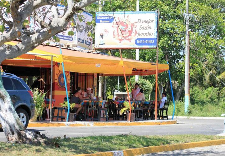 En promedio un comensal gastó 150 pesos en el desayuno. (Carlos Horta/ SIPSE)
