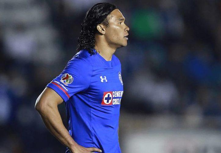 El contrato de Carlos Peña con Cruz Azul sólo durará seis meses y no un año como estaba previsto. (Vanguardia MX)
