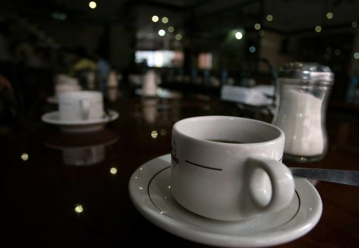 La proliferación de sitios donde se vende café ha aumentado el gusto de los mexicanos por la bebida. (Archivo/SIPSE)