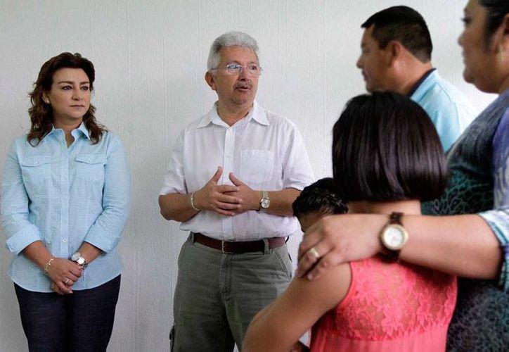 La presidenta del DIF Yucatán, Sara Blancarte de Zapata, estuvo de gira por varios municipios de la entidad, en los que supervisó la impartición de talleres de capacitación para el trabajo. La imagen no corresponde al hecho, sólo está utilizada como contexto. (Archivo/DIF-Yucatán)