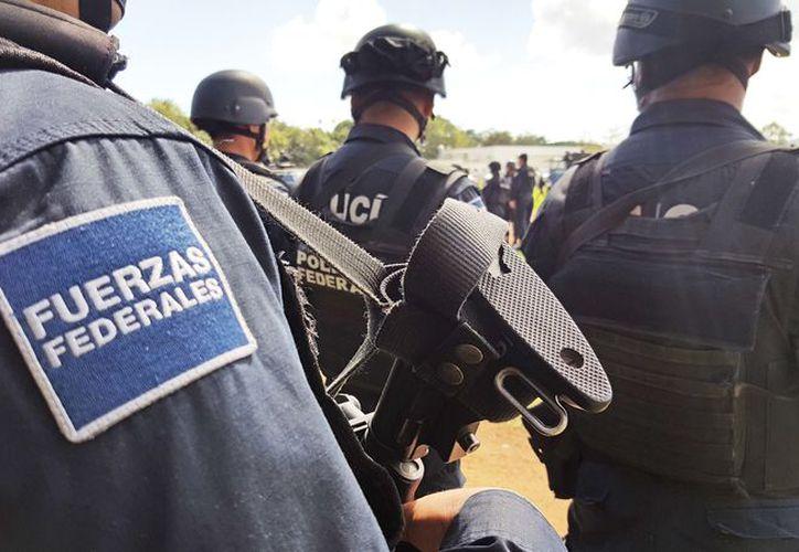 Elementos Federales se unen a los festejos del Día del Niño. (Foto: Jesús Tijerina/SIPSE)
