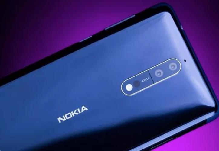 Todo apunta a que este teléfono es el tan rumoreado Nokia 9. (Foto: Contexto/Internet)