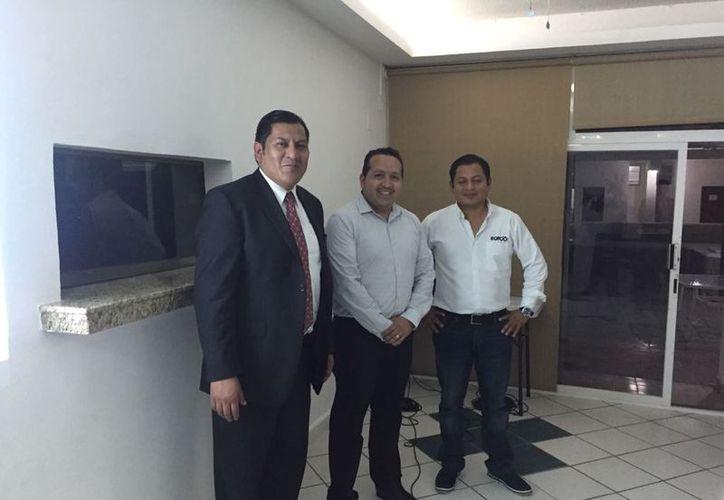 La exposición estuvo a cargo de personal de la Dirección de Programación Nacional del Instituto Nacional Electoral. (Joel Zamora/SIPSE)