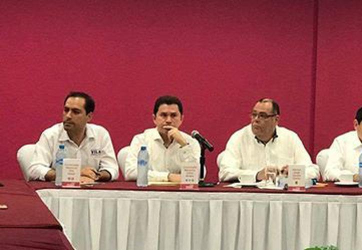 Los cuatro candidatos han manifestado su intención de asistir al debate del 2 de mayo. (SIPSE)