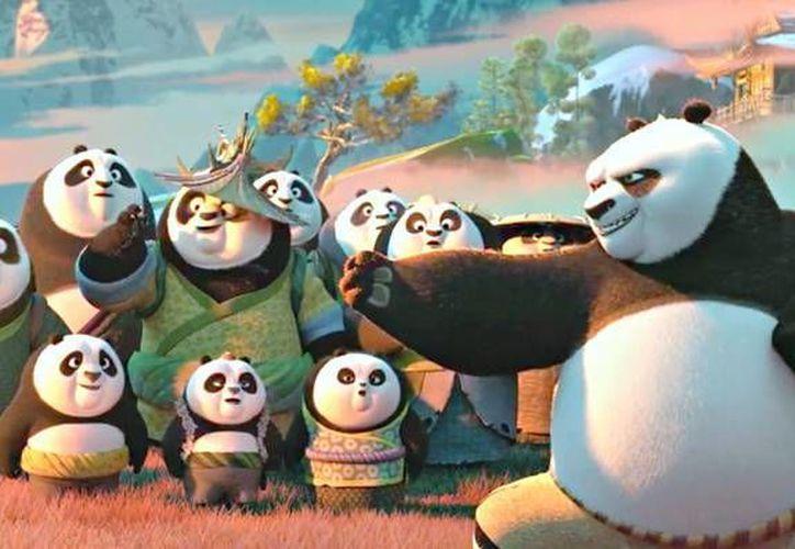 En su segundo fin de semana 'Kung Fu Panda 3' es número uno en las salas de cine en Estados Unidos. (Imagen tomada de movieweb.com)