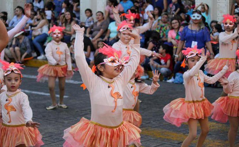 Los cortes de las vialidades se harán de manera escalonada a partir de las 14:00 horas para la realización del Desfile Infantil. (Novedades Yucatán)