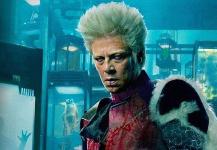 Benicio del Toro, quien hace poco por primera vez en su carrera como actor dio vida a un personaje de ciencia ficción en Guardianes de la Galaxia, ahora aparecerá como un trabajador humanitario desplegado en Bosnia al término de la Guerra en ese país. (moviepilot.com)