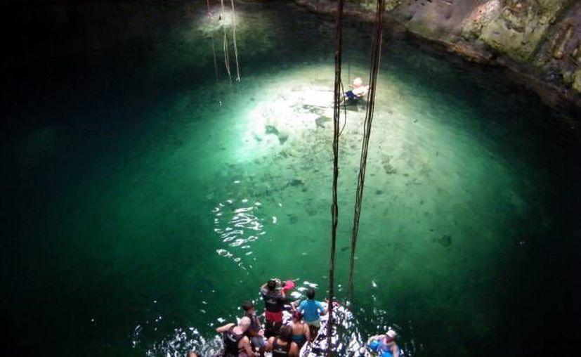Los costos de acceso en los paraderos de la Ruta Anillo de los Cenotes en Yucatán irán de los 20 a los 45 pesos, dependiendo del cenote. (Milenio Novedades)