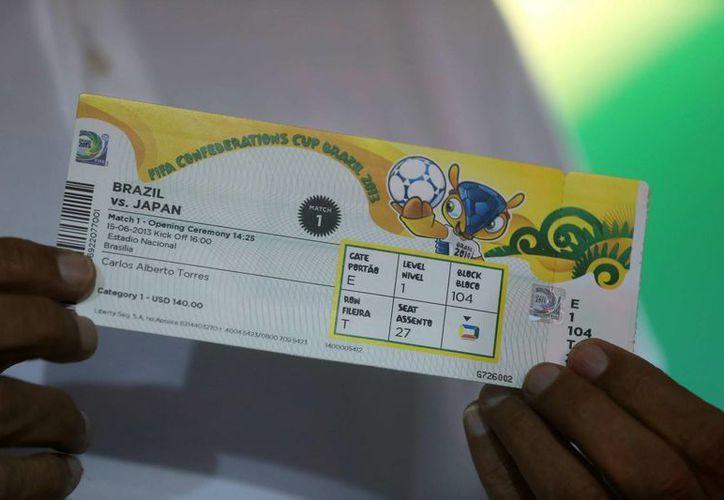 A 59 días del Mundial Brasil 2014, ya se ha vendido cerca del 88.9 por ciento de los casi 2.9 millones boletos. (EFE)