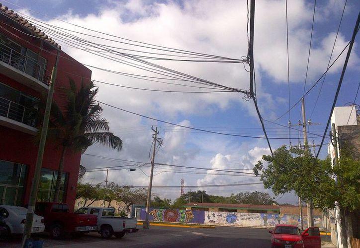 De acuerdo con al CFE en la Riviera Maya la mitad de las instalaciones de la paraestatal son subterráneas.  (Daniel Pacheco/SIPSE)