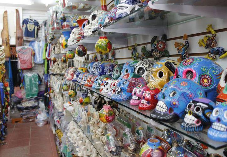 La oferta actual es demasiada para el número de visitas que se registran en Cancún, lo que provoca que el sector esté en crisis. (Tomás Álvarez/SIPSE)