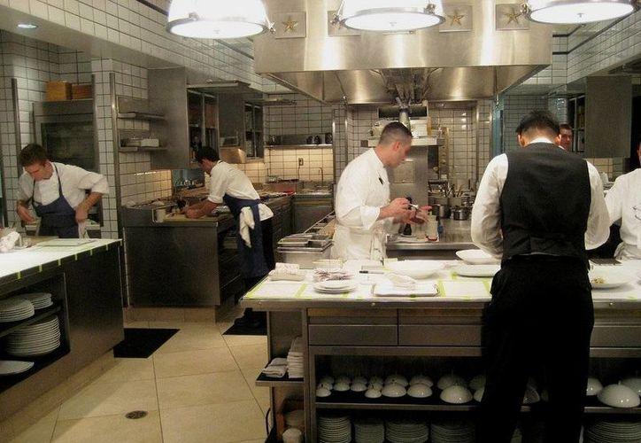 El restaurante 'Per Se' cometía diversas faltas, como ausencia de higiene en la cocina. (financefoodie.com)