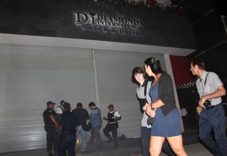 El pasado 17 de marzo se dictó auto de formal prisión a los tres detenidos por el robo a la joyería Diamonds International de la Quinta Avenida.  (Redacción/SIPSE)