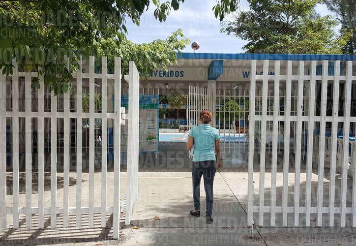 Las estructuras de las escuelas fueron puestas a prueba con las lluvias registradas durante el fin de semana pasado. (Jesús Tijerina/SIPSE)