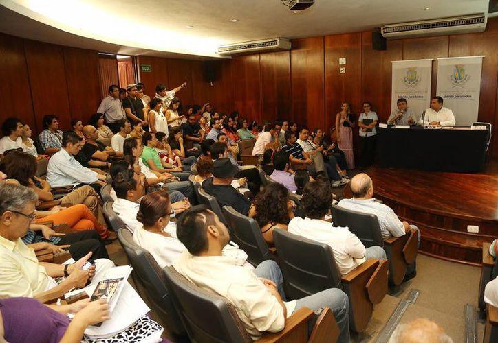 El Munícipe indicó que se pretende mantener de manera permanente los eventos de la Temporada Olimpo Cultura en Mérida, sus colonias y comisarías. (Cortesía)