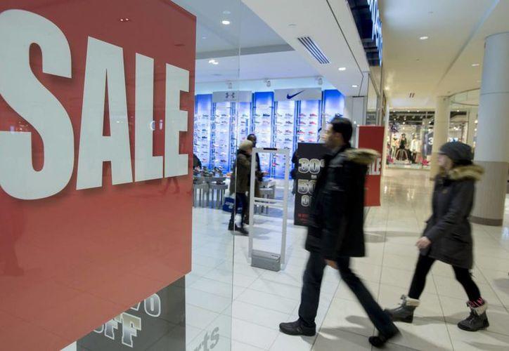 La temporada de compras decembrinas en Estados Unidos inicia típicamente durante la semana de Acción de Gracias. (AP)