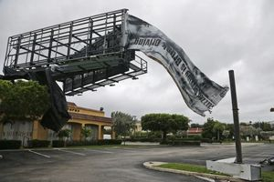 Huracán 'Matthew' toca tierra en Florida