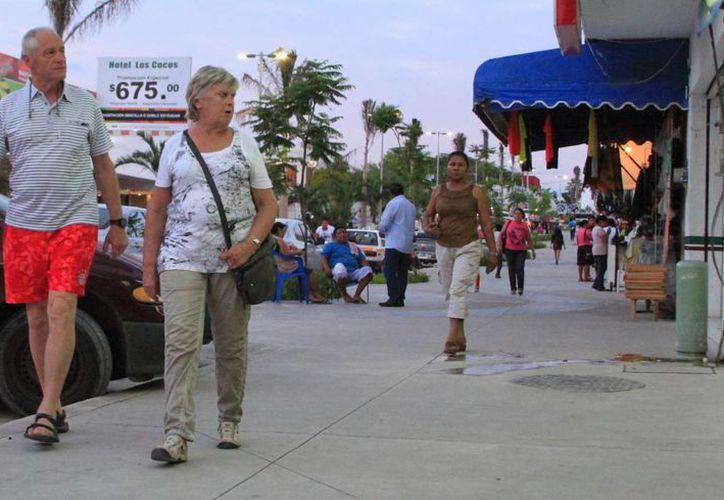 La afluencia de visitantes en Chetumal ha incrementado en alrededor de 4 puntos porcentuales. (Ángel Castilla/SIPSE)