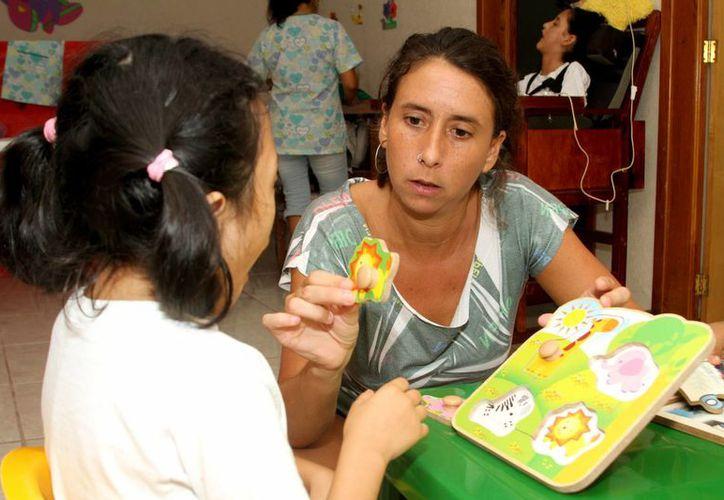 La misión de la organización sin fines de lucro es ayudar a los niños con discapacidad de Solidaridad. (Octavio Martínez/SIPSE)