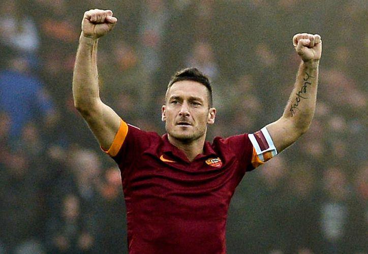 Totti acumuló 300 goles en 780 partidos disputados con la camiseta de la Roma. (Diario Tiempo).