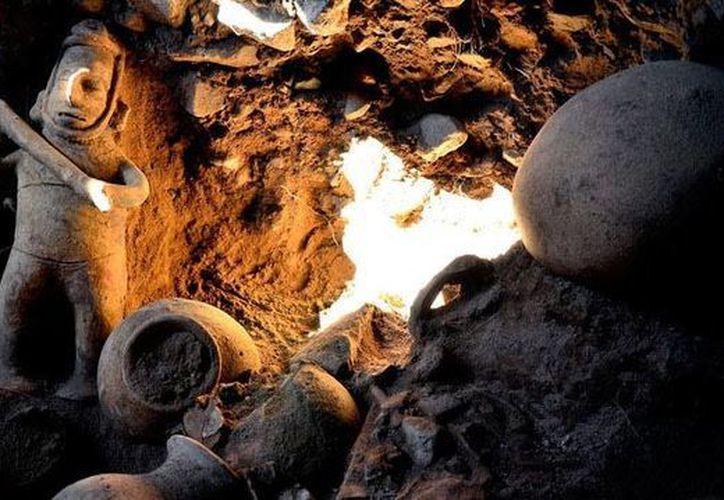 El chamán es el guardián de la tumba de tiro ubicada en Villa de Álvarez, Colima. (Melitón Tapia / INAH)