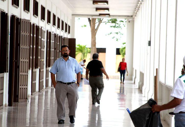 1,170 Trabajadores  participarán en el segundo festejo por el Día del Empleado Estatal el próximo 16 de junio. (Ángel Castilla / SIPSE)