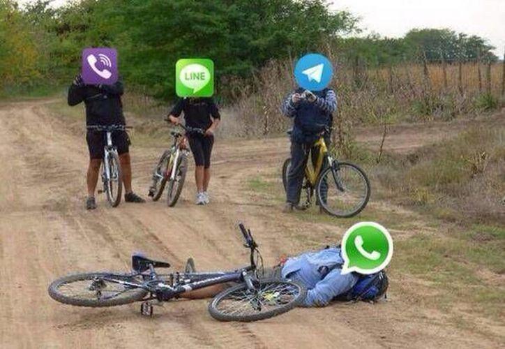 Uno de los memes que circulan en internet referentes a la caída de cinco horas de Whatsapp. (Internet)