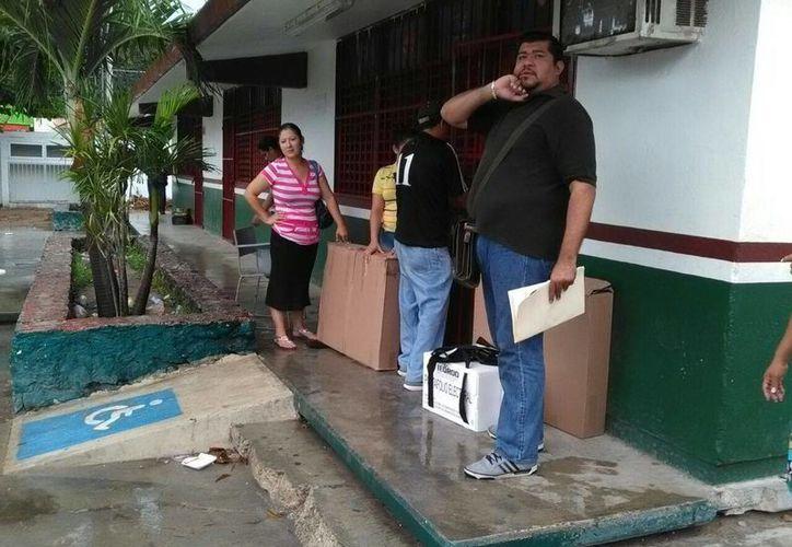 El lugar se encuentra ubicado en en la escuela primaria Emiliano Zapata. (Redacción/SIPSE)