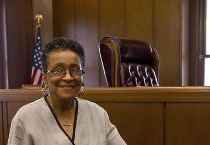 Helen regresó a Birmingham en 1971. Cambió de carreras y en 2003 se hizo jueza para poder combatir toda forma de racismo. (Agencias)