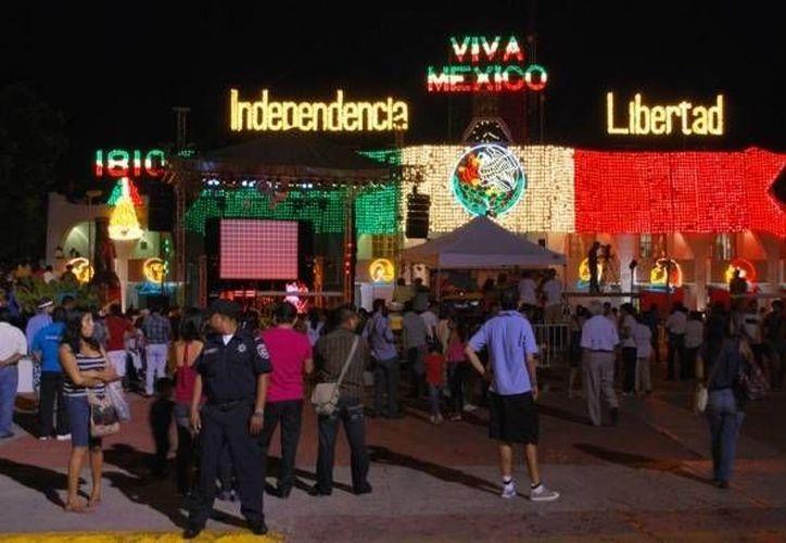Garantizarán la seguridad de los cancunenses que acudan a la Plaza de la Reforma. (Redacción)