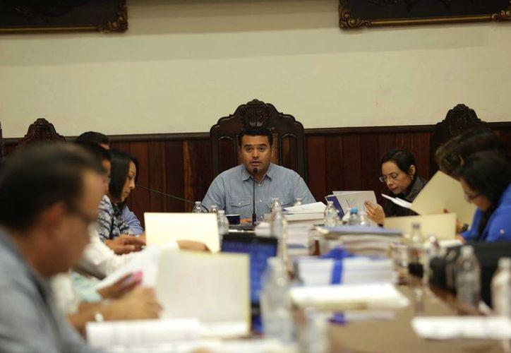 En el marco de la aprobación de la cuenta pública de noviembre, regidores del PRI denunciaron el destino inequitativo de los recursos . (SIPSE)