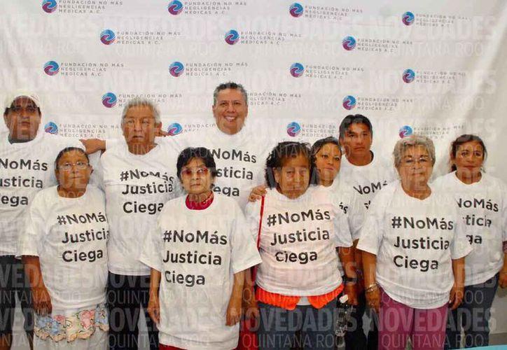 Las personas que resultaron víctimas del programa piden justicia. (Jesús Tijerina/SIPSE)