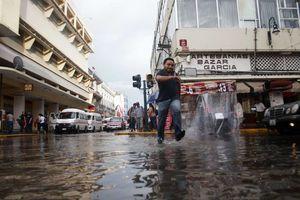 La lluvia de 'Karen' en Mérida