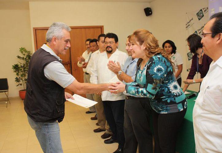 La fiscal Celia Rivas reconoció el esfuerzo de los participantes de este importante curso. (Milenio Novedades)