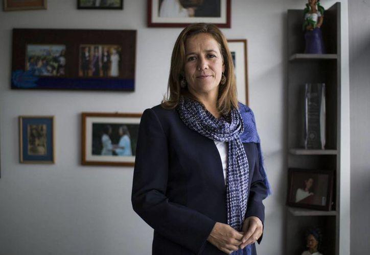 La panista Margarita Zavala va por arriba de Andrés Manuel López Obrador y Miguel Ángel Osorio Chong, de Moreno y PRI, respectivamente. (Saúl Ruiz/ El País)