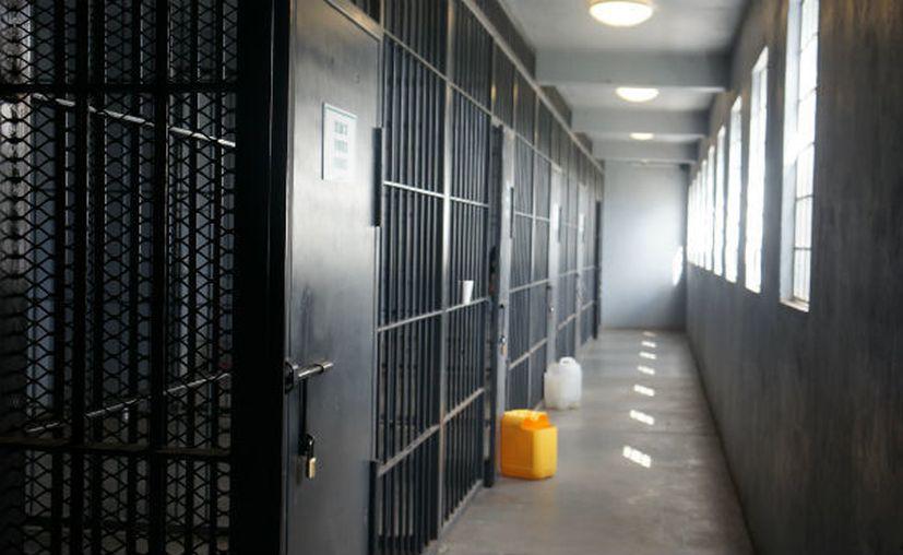 El sujeto quedará preso una buena temporada en el Centro de Reinserción Social. (Revista policía Formal prisión)