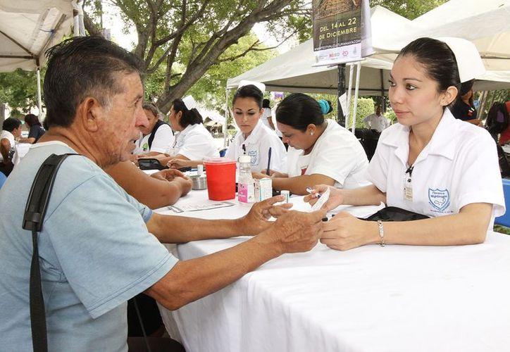Para el próximo año la Feria de la Salud aplicaría exámenes de la vista y ofrecería antejos a un precio simbólico. (Cortesía)