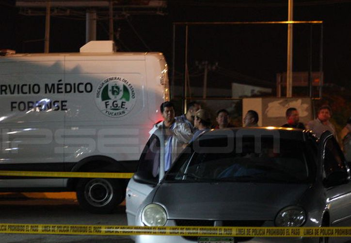 Una mujer falleció por enfermedad, cuando era trasladada a un hospital a Mérida, desde Tetiz. (Carlos Navarrete/SIPSE)