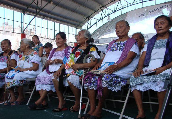 Las parteras de comunidades rurales recibirán capacitación para prevenir índices altos de mortalidad. (Manuel Salazar/SIPSE)