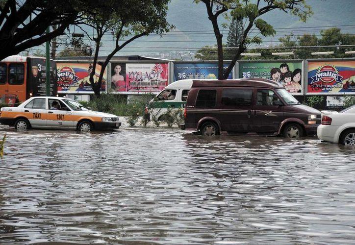 Imagen de Tuxtla Gutiérrez, Chiapas, donde ayer fueron declarados zona de emergencia varios municipios, por los estragos causados por las lluvias. (Archivo/Notimex)