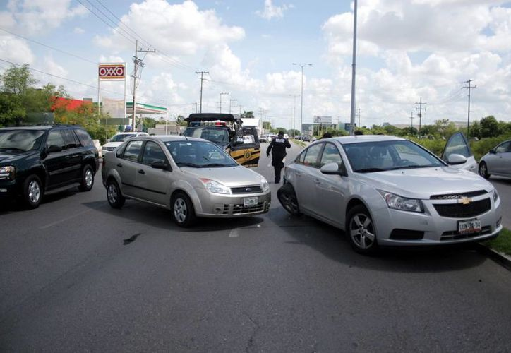 La principal causa de accidentes viales en México continúa siendo el factor humano. (SIPSE)