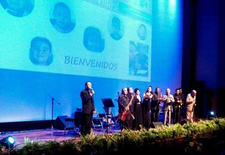 Cantantes unieron su talento por una causa noble, recaudar fondos para la Fundación Elda Peniche Larrea. (SIPSE)