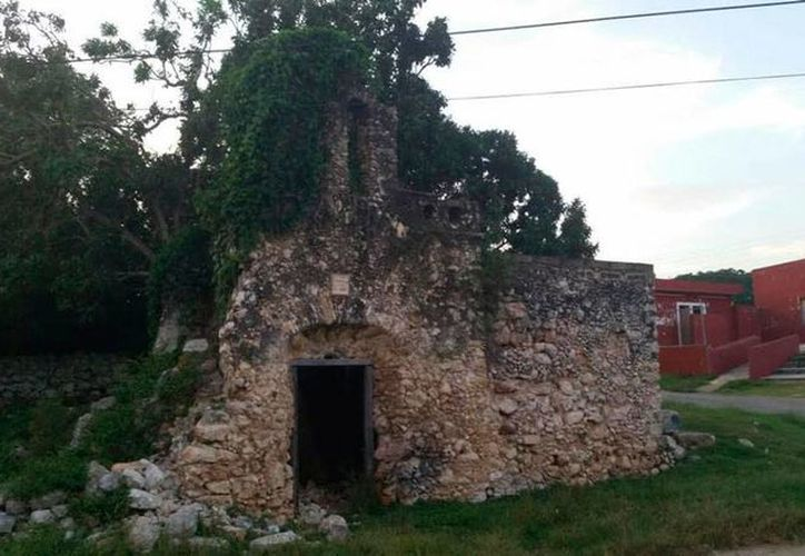 Ciudadanos se unieron para pedir al Ayuntamiento que rescatara el oratorio de Sahcabá, en Hocabá, Yucatán. (Milenio Novedades)