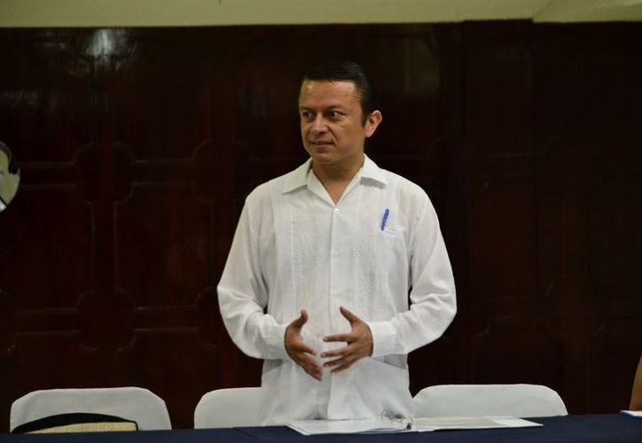 José Antonio Tzab Ortiz, médico especialista en Medicina Familiar indicó que los cambios bruscos de clima, han desatado el alto índice de enfermedades respiratorias. (Milenio Novedades)