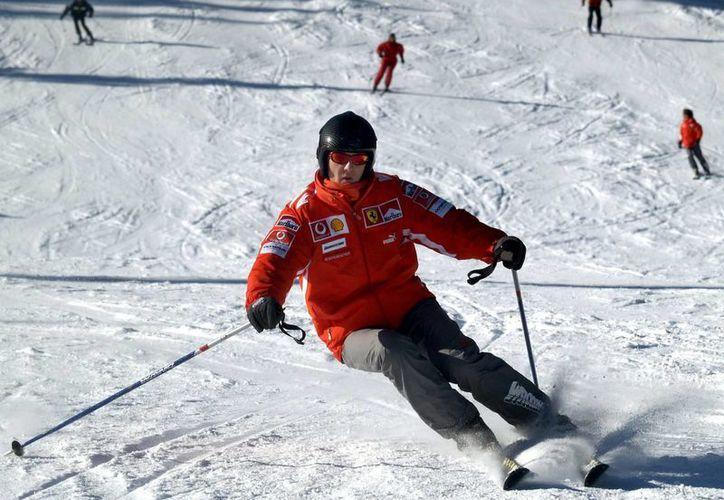Los médicos que atienden a Schumacher en Grenoble no han comentado sobre su condición desde el 6 de enero, cuando dijeron que estaba en estado crítico. (Agencias)