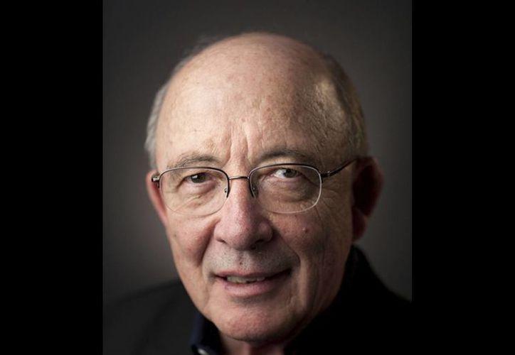Foto sin fecha difundida por la Universidad Northwestern del profesor y premio Nobel de economía Dale Mortensen, fallecido el jueves 9 de enero de 2014 en su hogar en Wilmette, Illinois. Tenía 74 años. (Agencias)