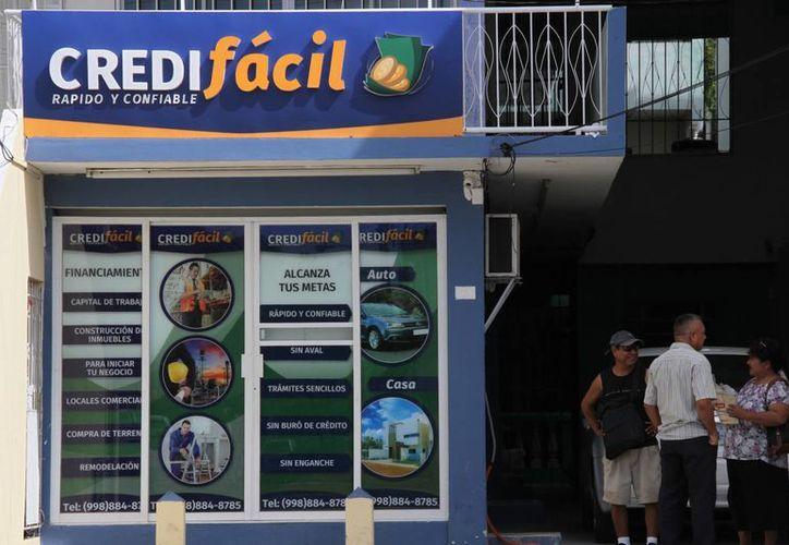La empresa financiera Credifácil en Cancún ha sido denunciada por el delito de fraude genérico. (Consuelo Javier/SIPSE)