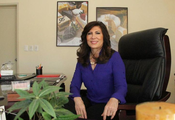 """""""Mi madre hizo que nosotros siempre cumpliéramos. Ella fue una mujer muy tenaz y eso se aprende desde la niñez"""", afirmó la empresaria Teresa Cazola Bravo. (Milenio Novedades)"""