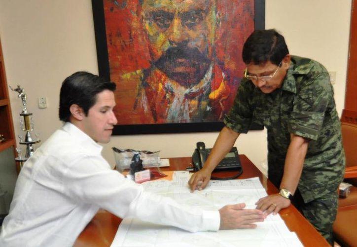Las autoridades realizan planes que tengan un impacto directo en el desarrollo de la isla. (Cortesía/SIPSE)